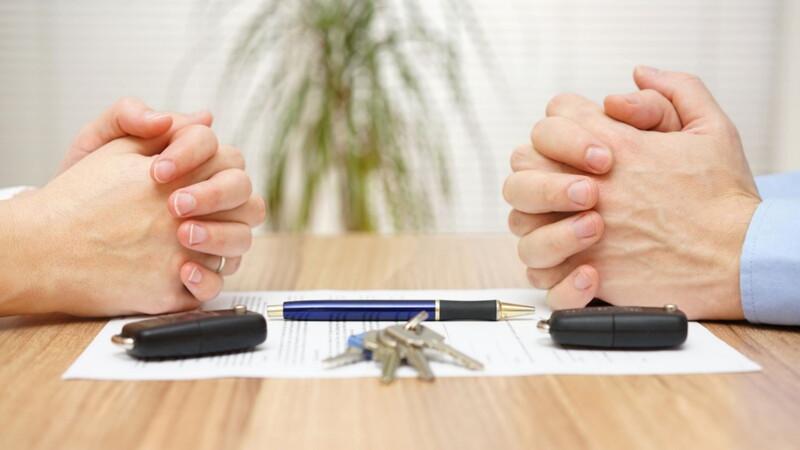 Как оформить развод с разделом имущества?