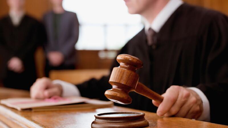 Действия судов при разделе имущества по долям