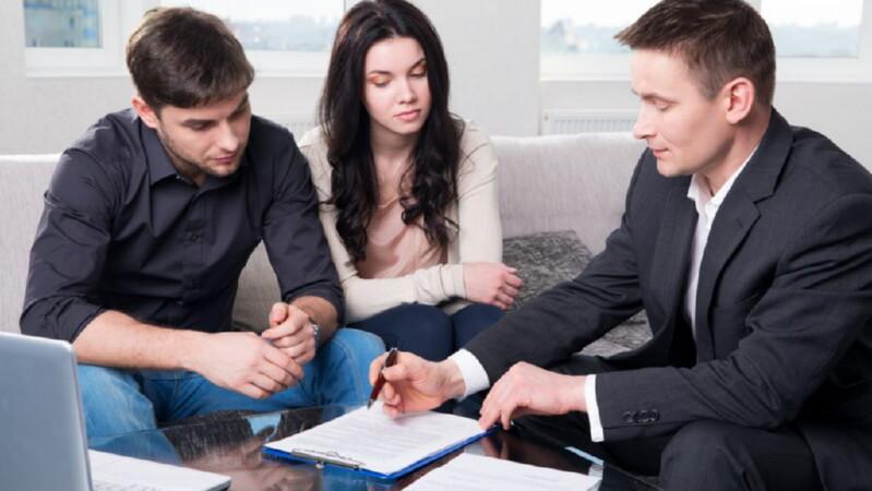 Делится ли между бывшими супругами наследуемое имущество при оформлении развода?