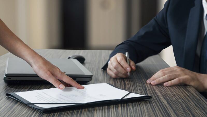 Взаимодействие нанимателя и юриста