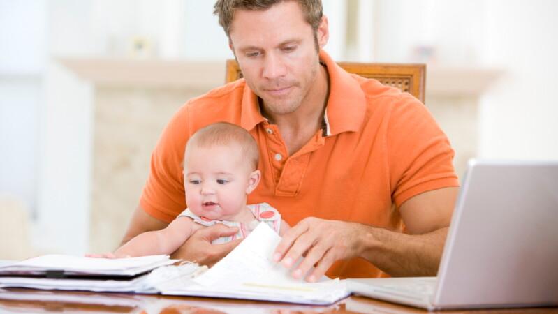 Какая фамилия будет у ребенка после развода?