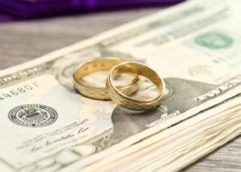 Как разделить деньги и банковские вклады при разводе